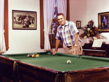 North Bend - Bed & Breakfast - Pool Table