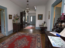 North Bend - Bed & Breakfast - The Main Hallway