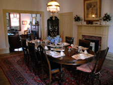 North Bend - Bed & Breakfast - The Dining Room